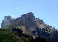 Novara di Sicilia - Trekking sulla Rocca Salvatesta